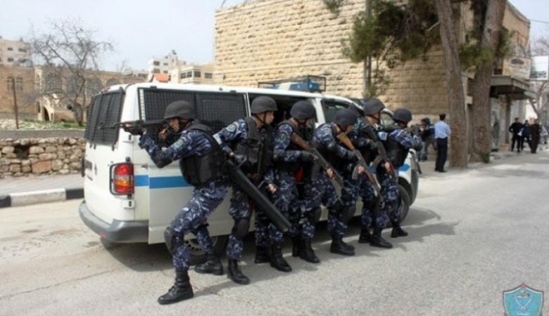نابلس: الشرطة تقبض على 3 أشخاص مشتبه بهم بإطلاق نار