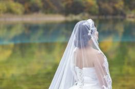 فتاة تتزوج نفسها بعد تخلي عريسها عنها قبل الزفاف بأيام