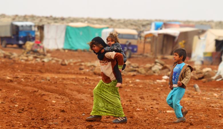 8 شبان  تناوبوا على اغتصاب قاصرة سورية في لبنان