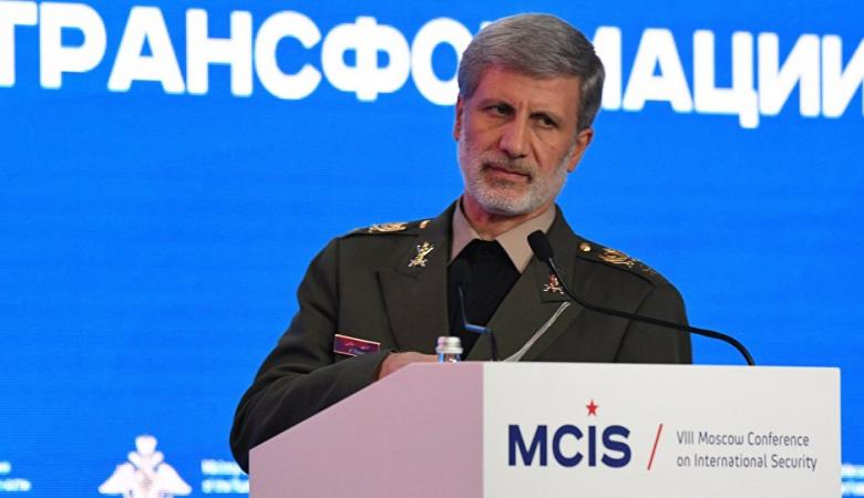 """وزير الدفاع الإيراني يوجه رسالة إلى """"الأعداء"""""""