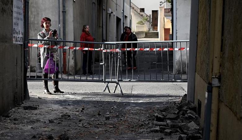 اصابات بينها حرجة في زلزال قوي ضرب فرنسا