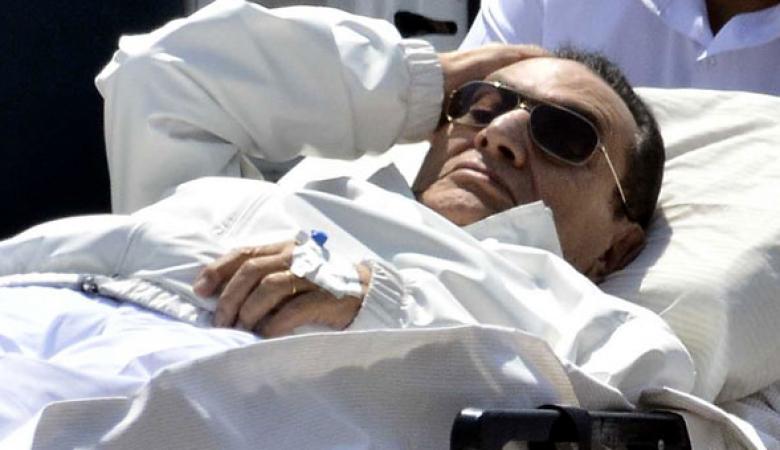 الكشف عن الحالة الصحية لحسني مبارك بعد إجرائه عملية جراحية