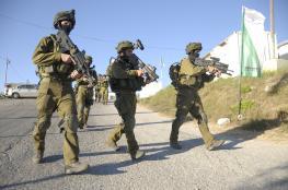 اقتحام منزل أحد منفذ عملية الطعن قرب القدس  في بيتونيا