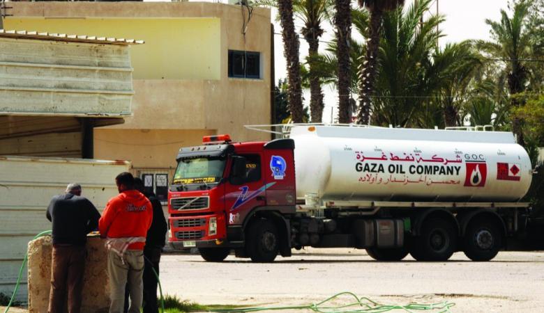 هيئة البترول تقرر تخفيض سعر السولار الاسرائيلي ليصبح أقل من المصري بغزة