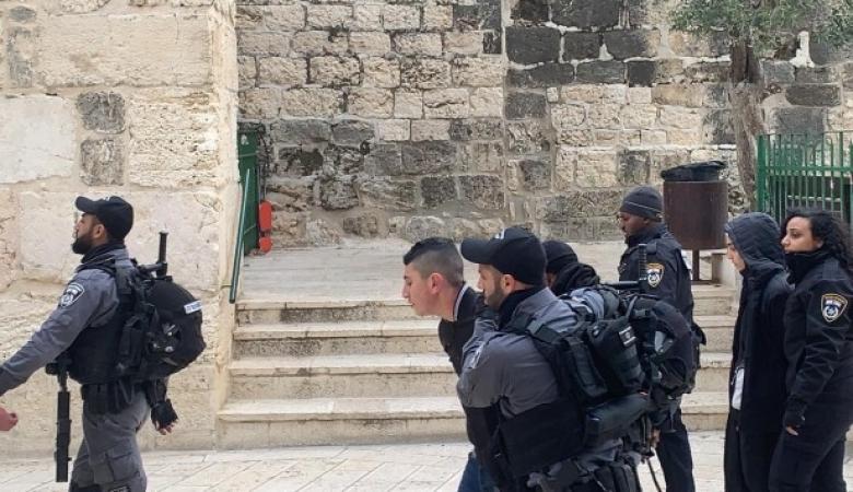 الاحتلال ينفذ حملة اعتقالات واسعة بالقدس المحتلة