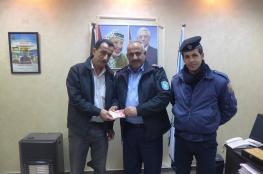 الشرطة تعيد 20 الف شيكل فُقِدَّتْ من مواطن في نابلس