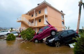 إعصار إيرما يجتاح جزر الكاريبي الامريكية