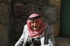 جانب من الحياة اليومية في البلدة القديمة في مدينة الخليل