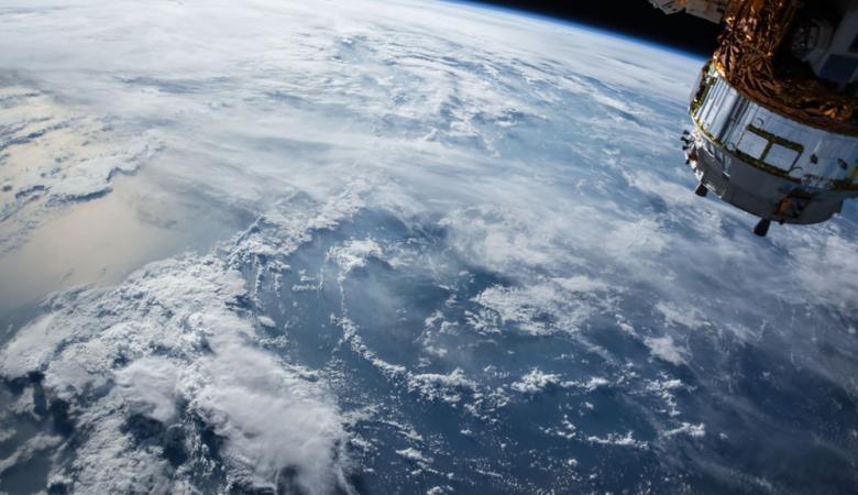 تطبيق جديد يتيح رؤية كوكب الأرض من الفضاء عبر الهاتف المحمول