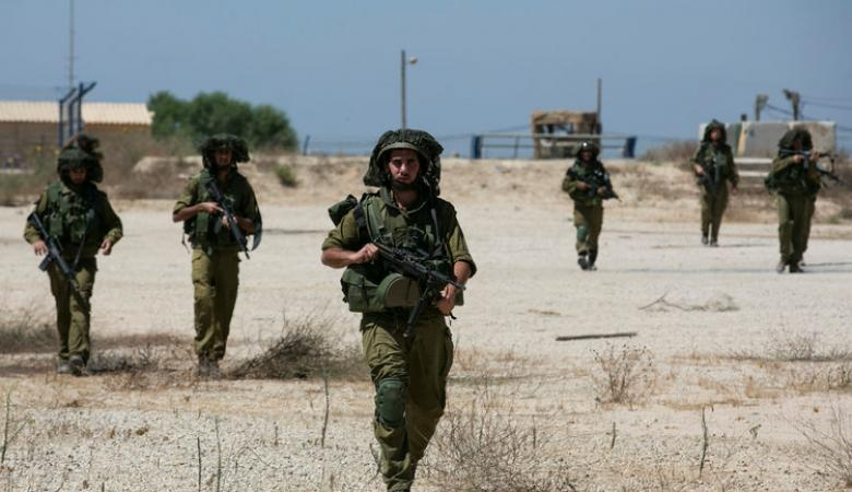 اعتقال جنود اسرائيليين سرقوا اموال عمال فلسطينيين