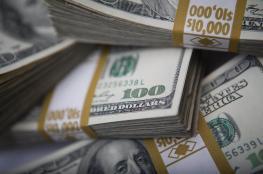 الدولار والدينار يواصلان الحفاظ على انخفاضهما