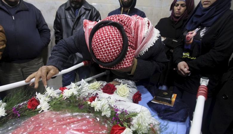 فلسطين تشيع جثامين 7 من شهدائها