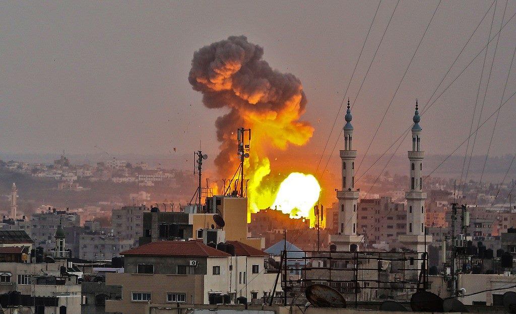 ادرعي : بدأنا بتنفيذ هجوم واسع النطاق على غزة