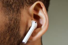 """تعرف على الحقيقة """"المقرفة"""" لاستخدام سماعات الأذن"""