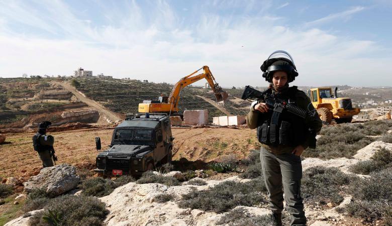 المستوطنون يستولون على اراضي خاصة للمواطنين غرب بيت لحم