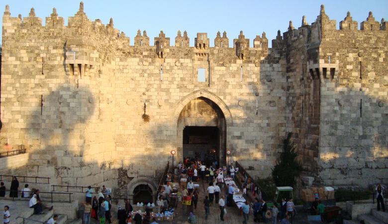 تركيا توزع 500$ على 700 عائلة محتاجة في القدس