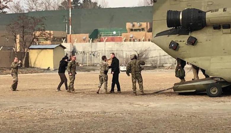 وزير الدفاع الأمريكي يصل أفغانستان في زيارة مفاجئة