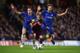 جماهير تشيلسي تتهم فابريغاس بالتواطئ مع برشلونة
