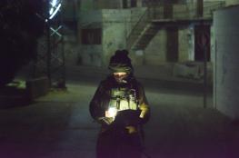 جنين : الاحتلال يداهم منازل المواطنين في كفيرت