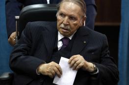 الرئيس الجزائري السابق يصوّت لاختيار خليفته