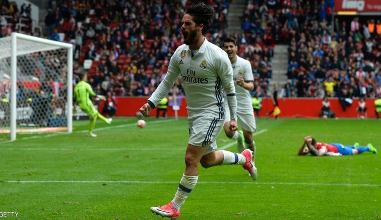 """إيسكو """"المتألق"""" يحلق بريال مدريد بعيدا"""