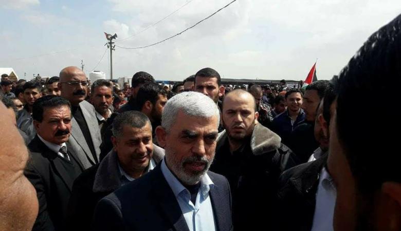السنوار: مسيرة العودة تصحح المسار وتأكد أن لا تفريط بذرة تراب من فلسطين
