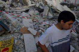 جرافات الاحتلال تهدم منزلا في اللد وتشرد قاطنيه