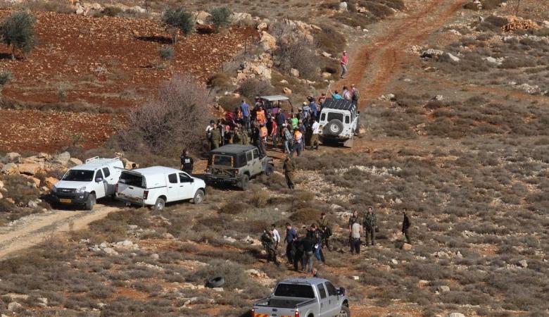 """الاحتلال يسيطر على مساحات واسعة من اراضي قرية """"عصيرة القبلية """""""