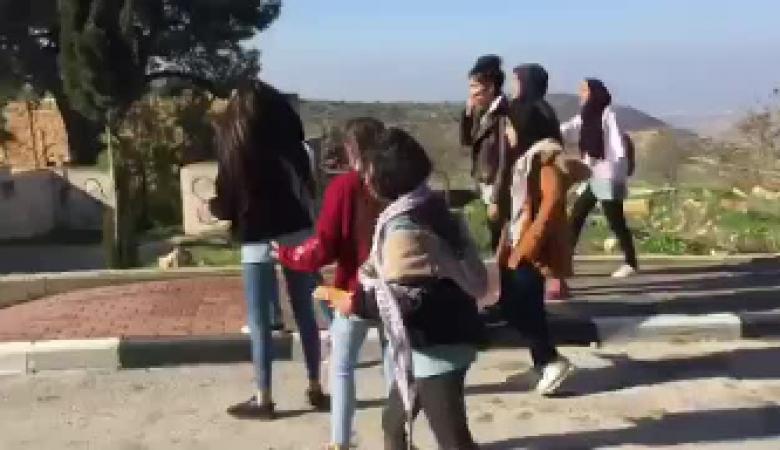 الاحتلال يطلق سراح 3 طالبات بعد اعتقالهن من مدرسة بيتونيا غرب رام الله