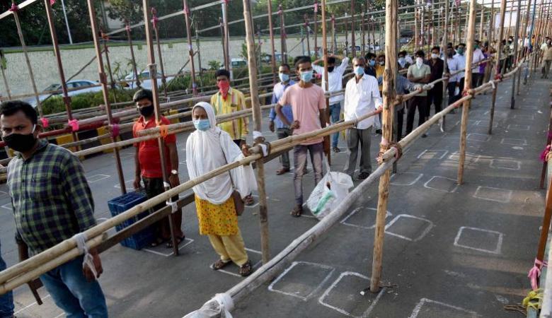 الهند تسجل أعلى حصيلة يومية من إصابات كورونا في العالم
