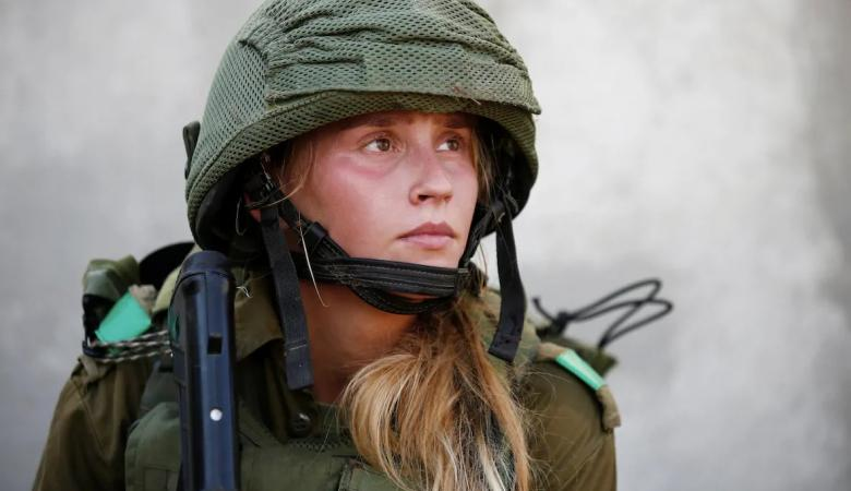 """إصابة مجندة إسرائيلية بعد أن عضها """"حمار"""""""