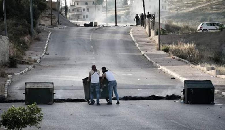 """الاحتلال يعتقل والد الشهيد """"يوسف سحويل """"  في عبوين شمال غرب رام الله"""