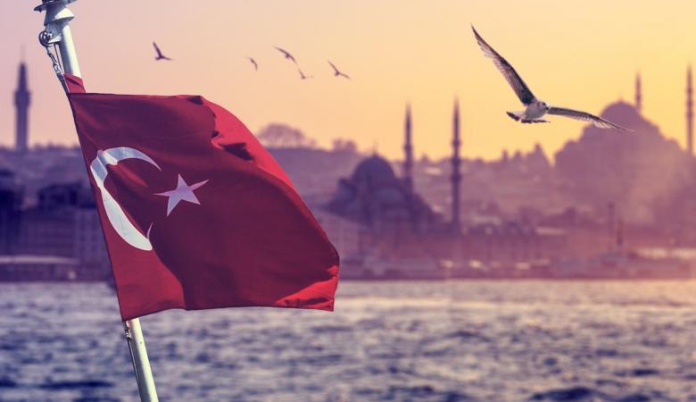 تركيا تمنح جنسيتها لآلآف المستثمرين الاجانب