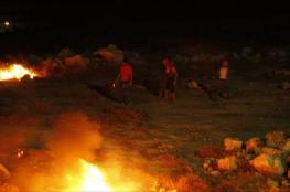 """مستوطنو """"شافي شمرون"""" يهاجمون مركبات المواطنين بنابلس"""