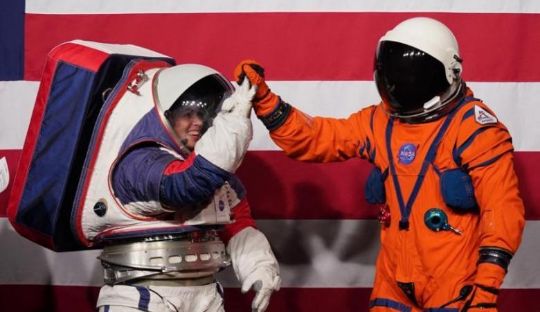 """""""ناسا"""" تكشف عن بدلات فضائية جديدة"""