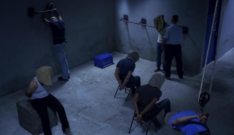 أغلبية الإسرائيليين يؤيدون تعذيب الأسرى