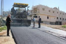 بلدية بيتونيا تعلن بدء أعمال المرحلة الأولـى مـن تعبيـد شـوارع المدينـة