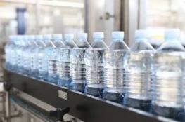 الصحة تغلق مصنعا لتعبئة  للمياه المعدنية بعد اكتشاف تلوث