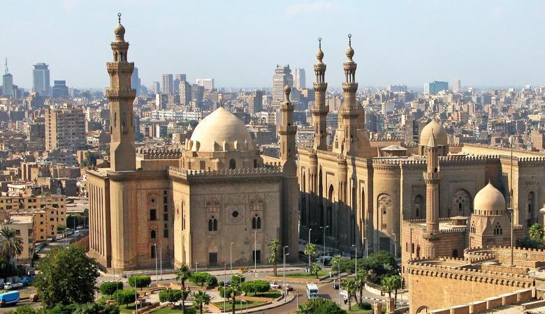 سفارتنا في القاهرة توجه رسالة للطلبة الدارسين بالجامعات المصرية