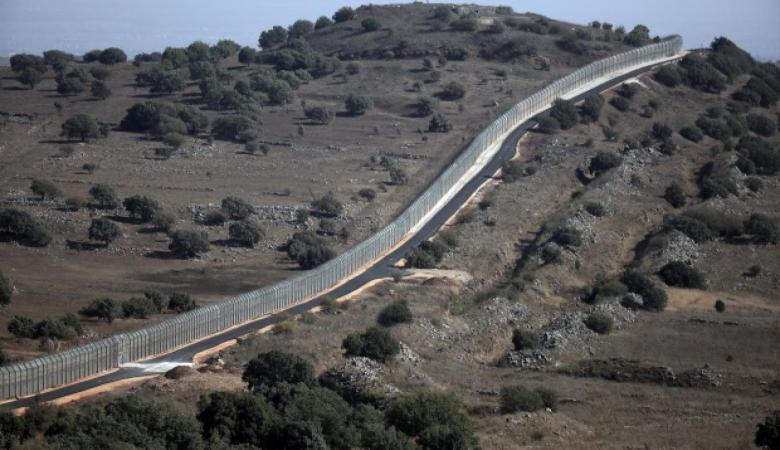 """""""اسرائيل """" تعلن اسقاط 4 قذائف صاروخية اطلقت من سوريا"""