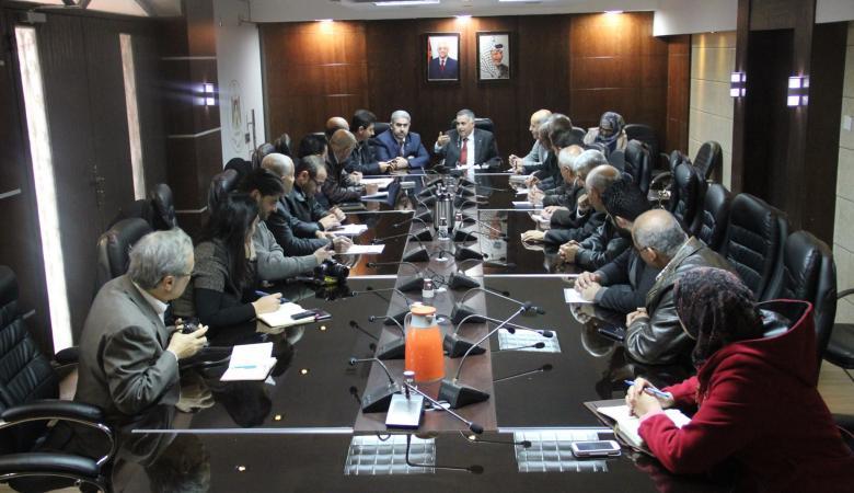 وزير الحكم المحلي يعلن البدء بتنفيذ مشروع مكب نفايات محافظة رام الله والبيرة