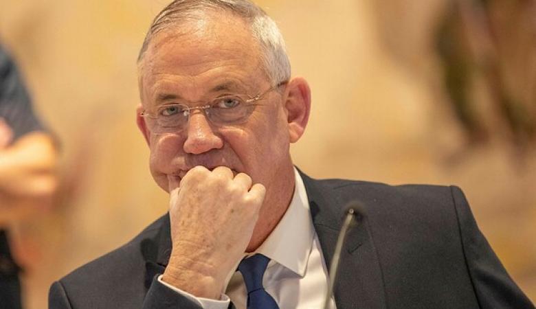 """ناخبون اسرائيلين يرفعون قضية ضد  """"بيني غاتس """""""