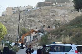 جرافات الاحتلال تهدم منزلا في بلدة سلون جنوب المسجد الأقصى