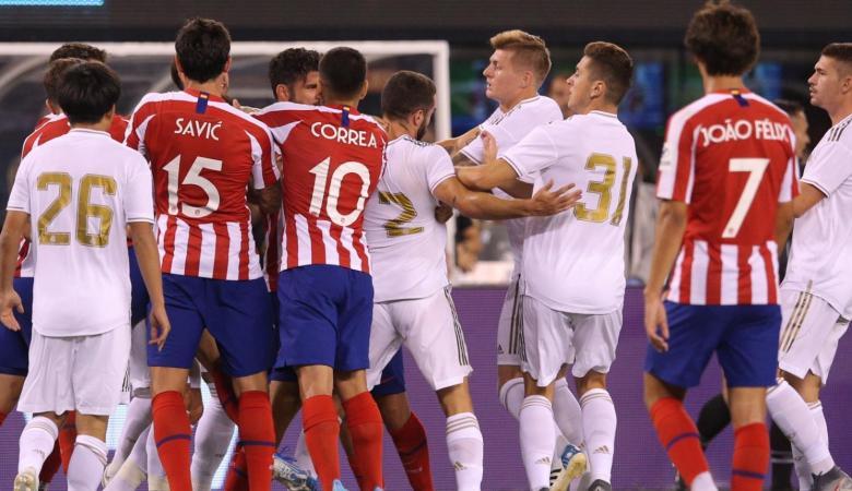 سقوط ريال مدريد أمام أتلتيكو بسباعبة تاريخية ومطالبات بطرد زيدان