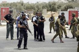 الاحتلال يعتقل فتاة بزعم حيازتها سكين قرب الحرم الابراهيمي الشريف