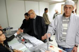 الجزائريون يتوجهون لصناديق الاقتراع لانتخاب مجلس تشريعي جديد