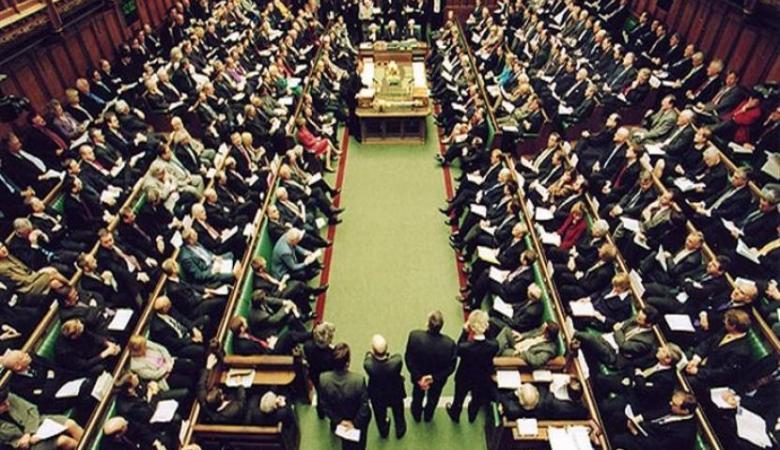 البرلمان البريطاني يدعو حكومته للاعتراف بدولة فلسطين