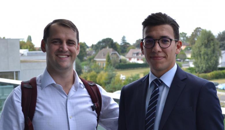 طالب تونسي يحل لغزا فيزيائيا حير العلماء منذ 100 عام