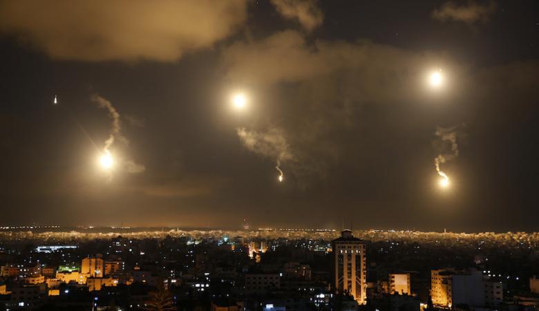 الطيران الحربي الاسرائيلي يقصف غزة بأكثر من 10 صواريخ فجر اليوم