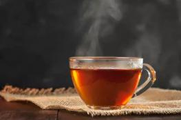 """احذر ...نمارس عادة """"قاتلة """" خلال شربنا للشاي"""